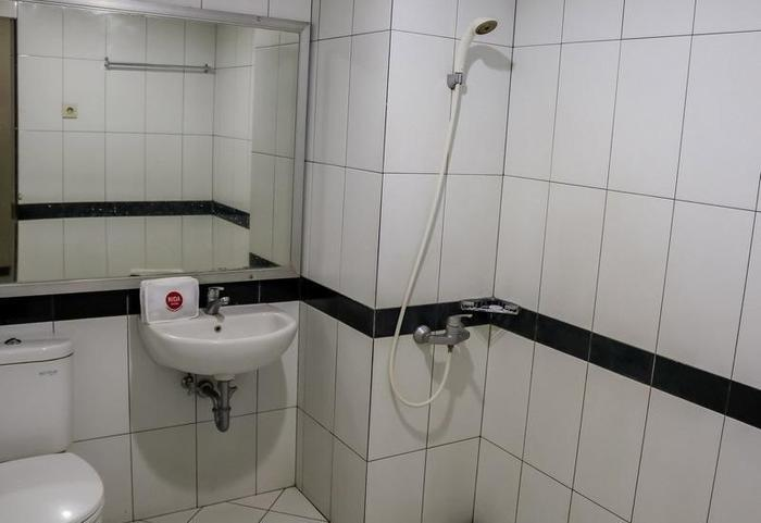 NIDA Rooms Istana Maimun Medan - Kamar mandi
