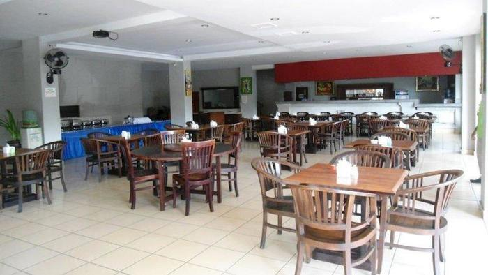 NIDA Rooms Legian Discovery Kuta - kafe
