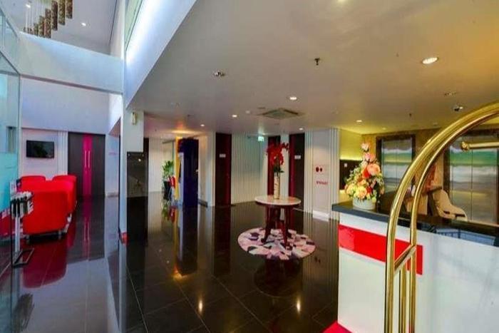 D' Hotel Jakarta - Lobi
