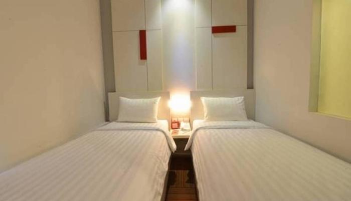 D' Hotel Jakarta - 32