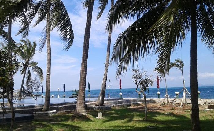Allisa Resort Anyer - Pantai