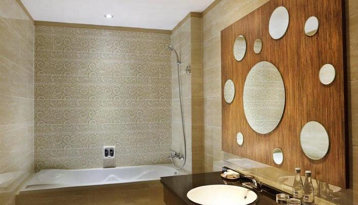 Rivavi Kuta Beach Hotel Bali - Gold Deluxe Bath