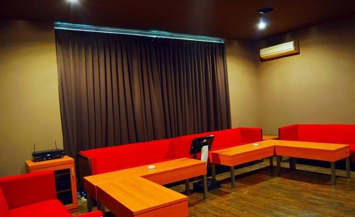 Sanghyang Indah Spa resort Banten - VIP Karaoke Room