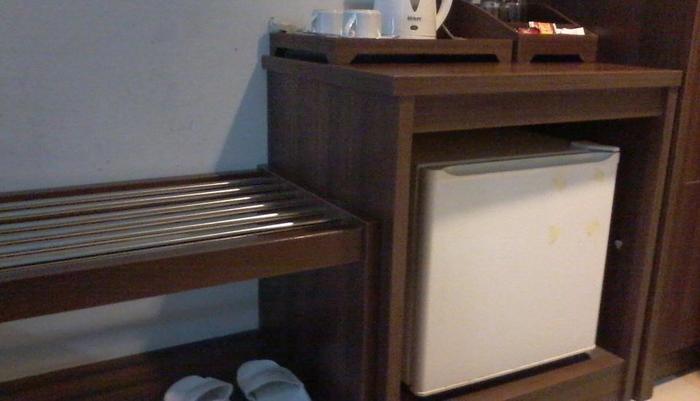 Hotel Bandara Syariah  Bandar Lampung - Mini Bar