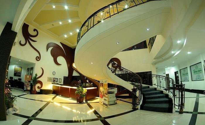 Hotel Swarna Dwipa Palembang - Interior
