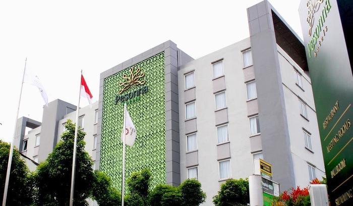 Pesonna Hotel Pekalongan - Tampilan luar