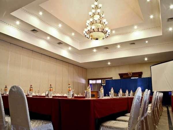 Royal Orchids Garden Hotel Malang - Ruang Pertemuan