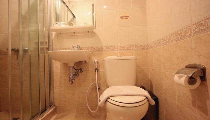 The Majesty Hotel Bandung - Deluxe Bathroom