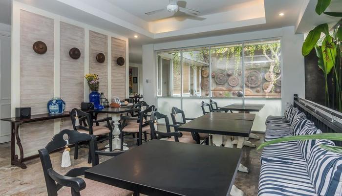 ZEN Premium Petitenget Umasari Bali - Restoran