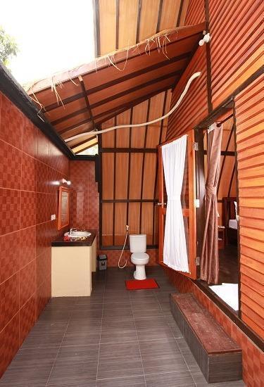 Lumbung Gede Resort Lombok - Kamar mandi