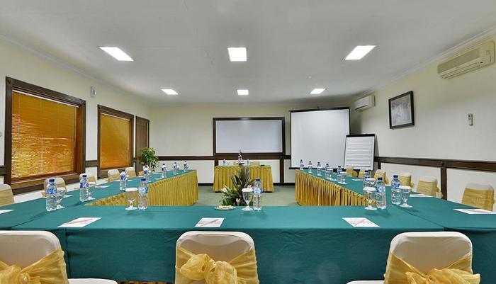 ZEN Rooms Jogja Cendrawasih Yogyakarta - Ruang Rapat