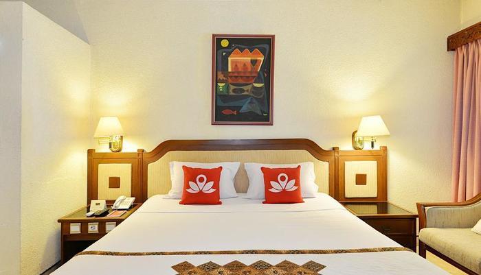 ZenRooms Jogja Cendrawasih Yogyakarta - Tampak tempat tidur double