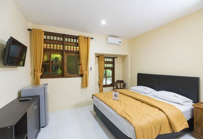 RedDoorz @Buni Sari Kuta 2 Bali - Kamar tamu