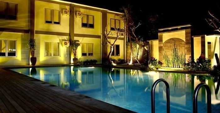 Grand Royal B.I.L Hotel Lombok - Kolam Renang
