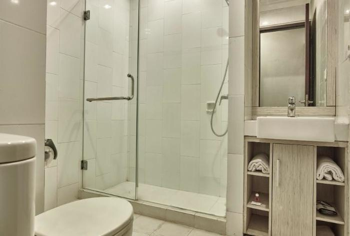 Hotel N3 Jakarta - Deluxe Bathroom