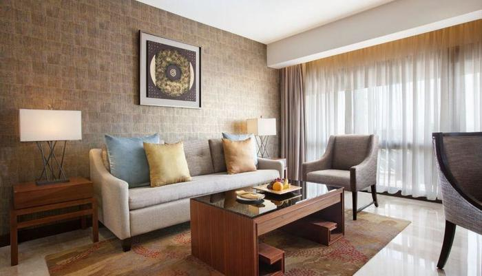 Royal Ambarrukmo Yogyakarta - Executive Living Room