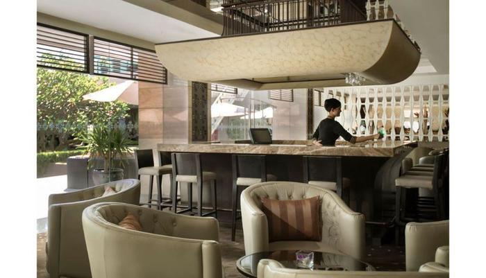 Royal Ambarrukmo Yogyakarta - Lobby Bar
