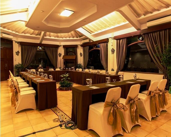 Cakra Kusuma Hotel Yogyakarta - Ruang Rapat Kusuma