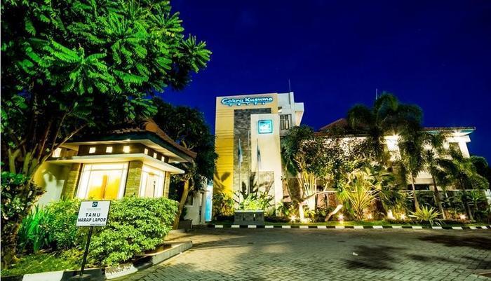 Cakra Kusuma Hotel Yogyakarta - HOtel Tampak Depan