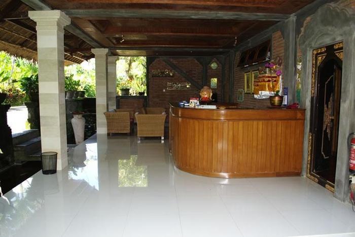 Bunga Permai Hotel Bali - Front Office