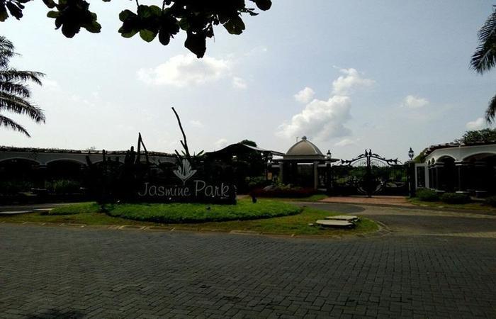 Alamat Jasmine Park J1B 4 Plamongan Indah Semarang Timur Kota Jawa Tengah 50193 Indonesia 50193Semarang Rating Star Hotel Murah Bintang 2