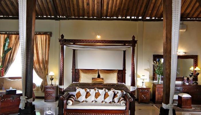 Joglo Plawang Yogyakarta - Royal Villa Double