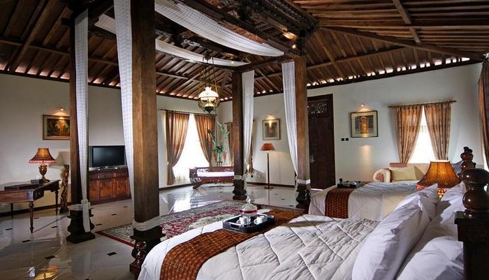 Joglo Plawang Yogyakarta - Royal Villa Twin