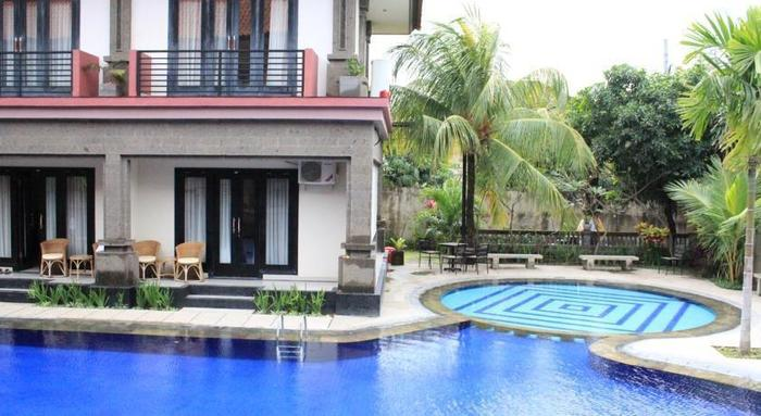 Taman Tirtha Ayu Pool & Mansion Bali - Kolam Renang