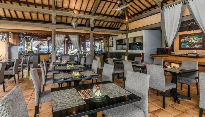 ZEN Premium Raya Legian Bali - Restoran
