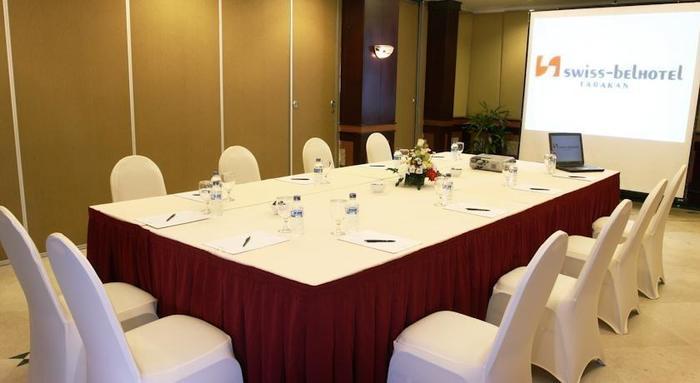 Swiss-Belhotel Tarakan - meeting room