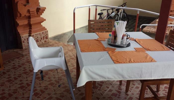 Bon Nyuh Bungalows Bali Bali - disediakan kursi makan untuk bayi