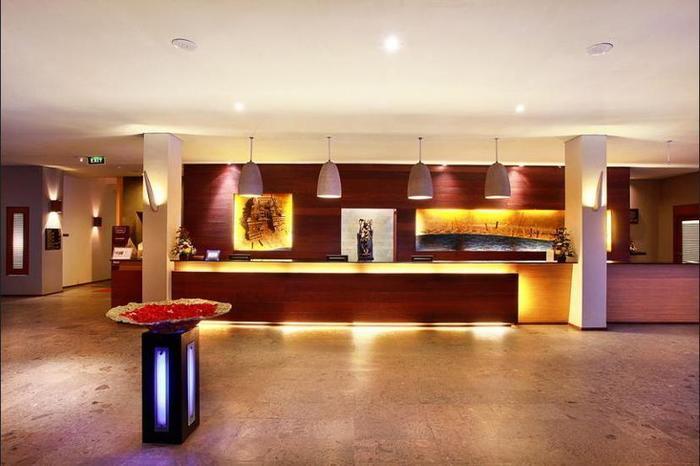 Mercure Kuta Bali - Hotel Bar