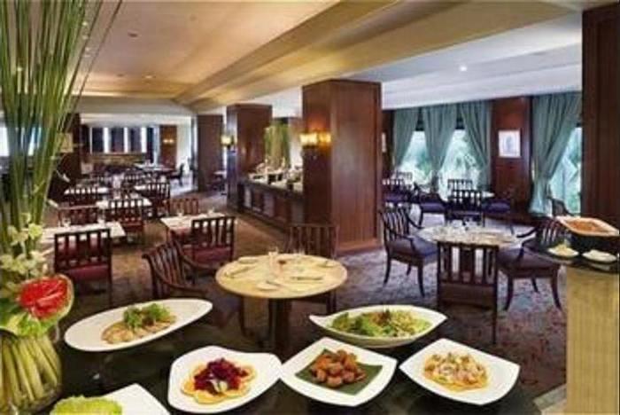 Crowne Plaza Hotel Jakarta - Restaurant