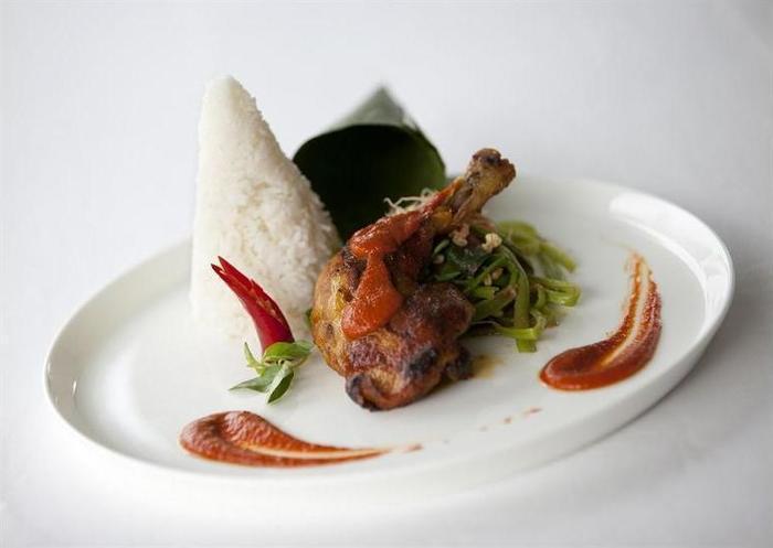 The Lombok Lodge Senggigi - Food and Drink