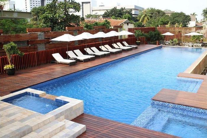 Fraser Residence Menteng - Outdoor Pool