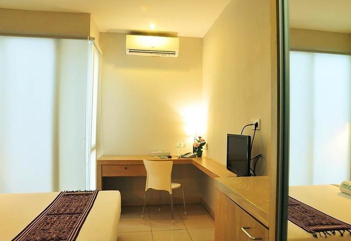 LeGreen Suite Poso Jakarta - Kamar