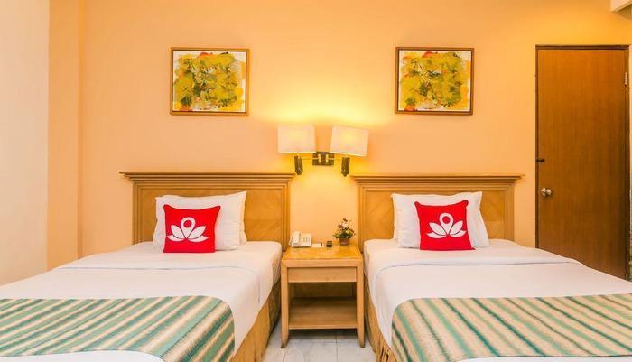 ZenRooms Kuta Kartika Plaza 2 - Tampak tempat tidur double