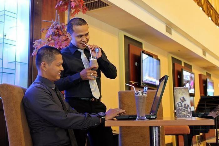 Grand Elite Hotel Pekanbaru - Restaurant1