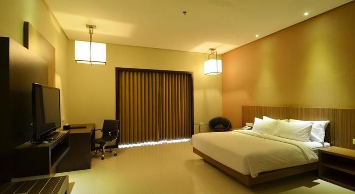 Savana Hotel Malang - Rooms1