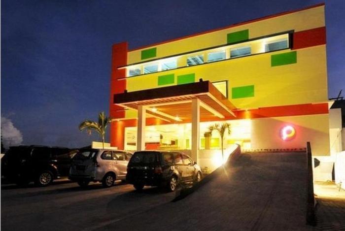 Pratama Hotel and Convention Lombok - Tampilan Luar Hotel