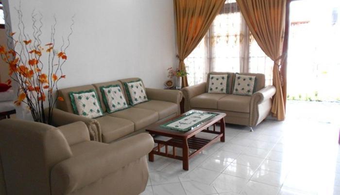 Simply Homy Guest House Jakal 2 Yogyakarta - Ruang tamu