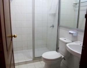 Hotel Progo Bandung - Bathroom