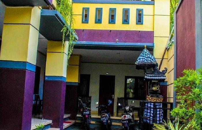 La Mulya Legian Bali - pandangan depan