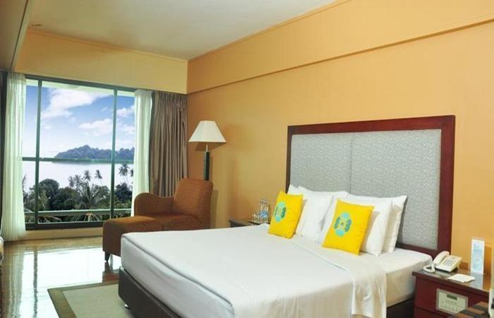 Batam View Beach Resort Nongsa - Kamar Deluxe