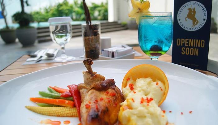 D'Senopati Malioboro Grand Hotel Yogyakarta - Makanan