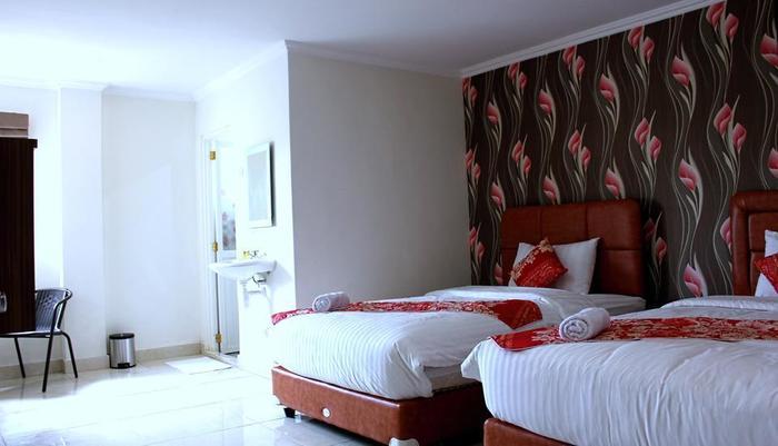 Mel's Inn Manado - Executive Twin