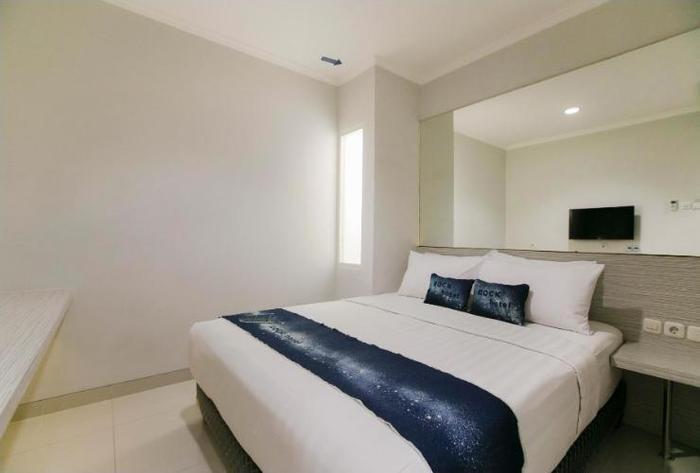 Rock Hotel Surabaya - Rooms