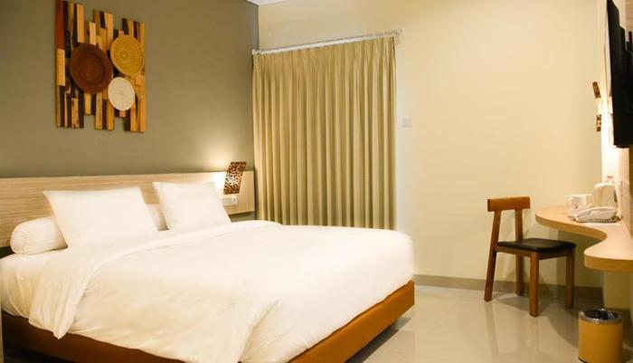 The Wujil Resort & Conventions Semarang - King Bed