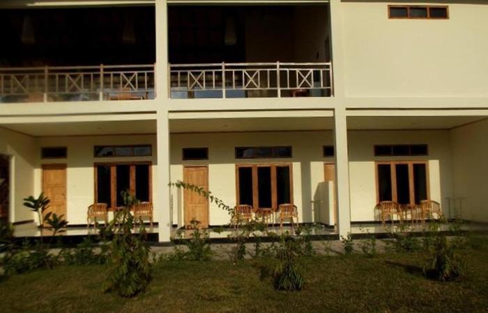 Hotel Labeletoile Flores - sisi depan