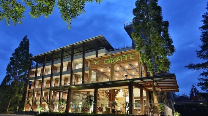 Royal Safari Garden Resort and Convention Bogor - Eksterior